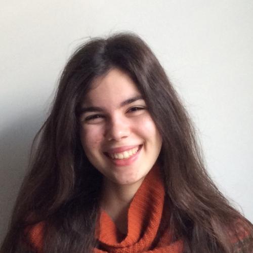 Carolina Avelar